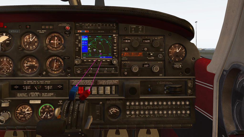 JF_PA28_Arrow_Panel Avionics 2.jpg