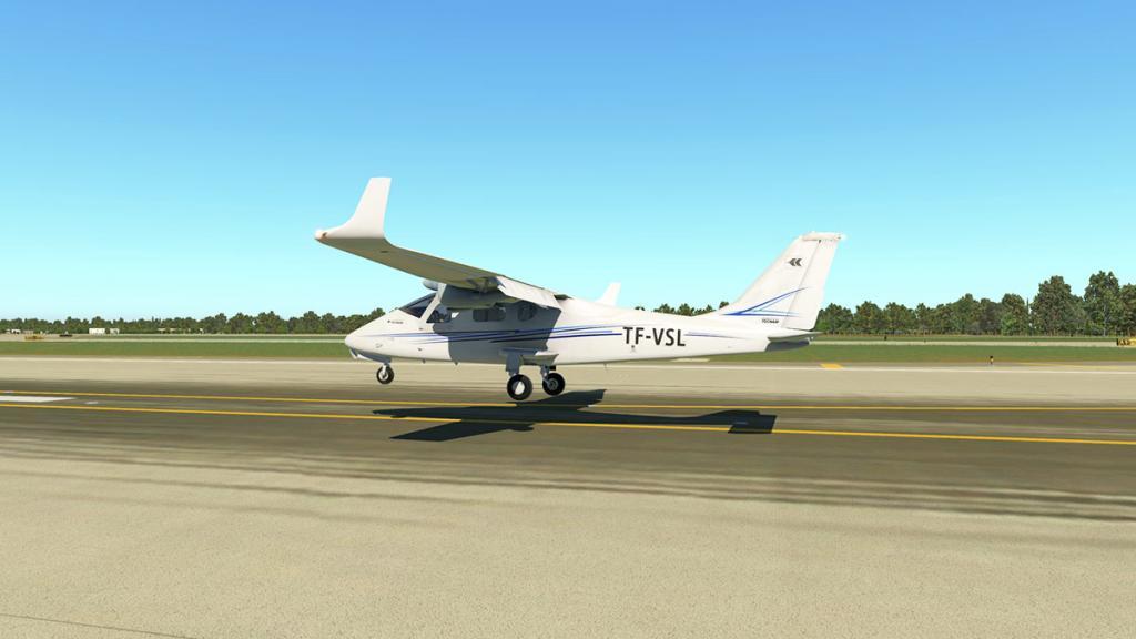 VSL Tecnam-v1.4_Flying 17.jpg