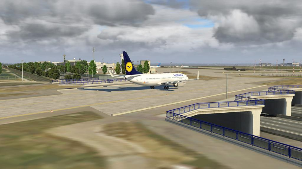 EDDF_XP11_Runways 11.jpg