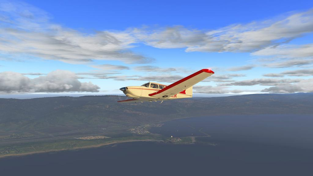 JF_PA28_Turbo_Arrow_Flying 4.jpg