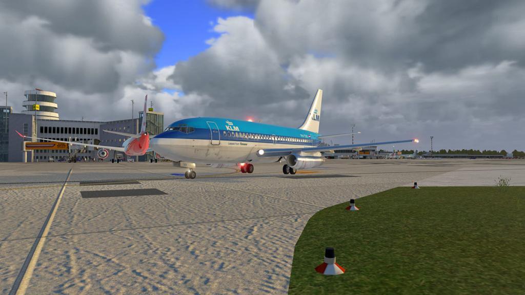 FJS_732_TwinJet_Flying 1.jpg