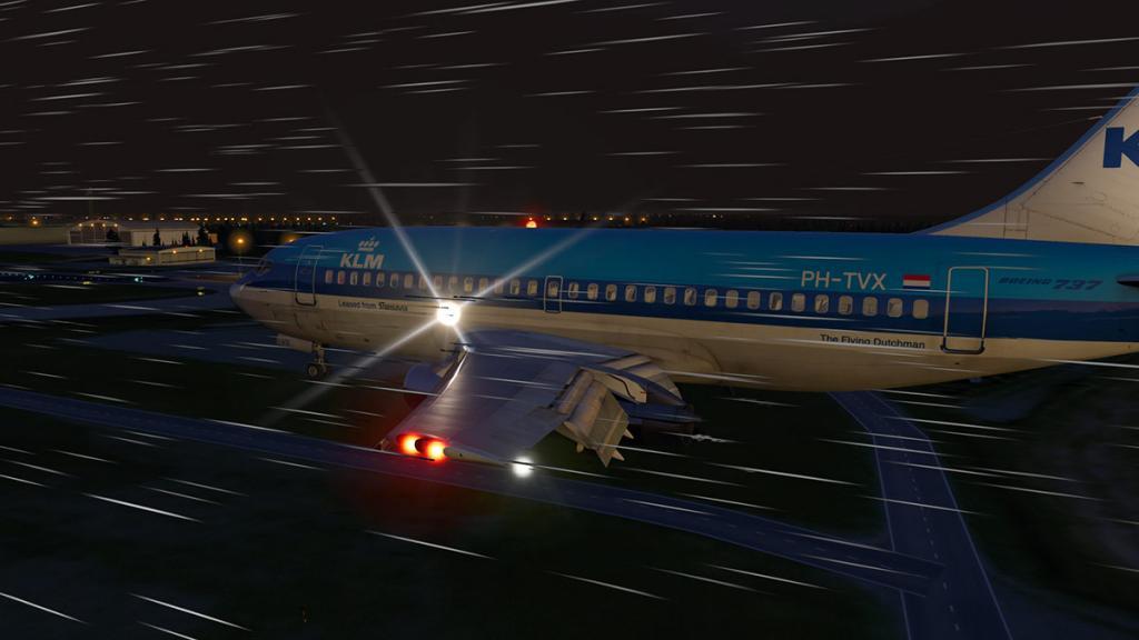 FJS_732_TwinJet_Landing 7.jpg