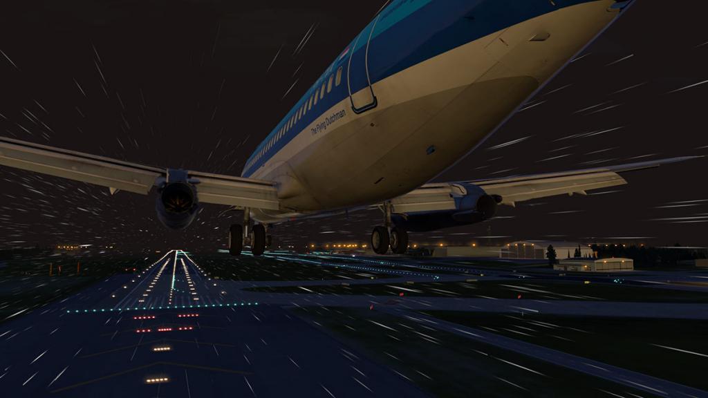 FJS_732_TwinJet_Landing 9.jpg