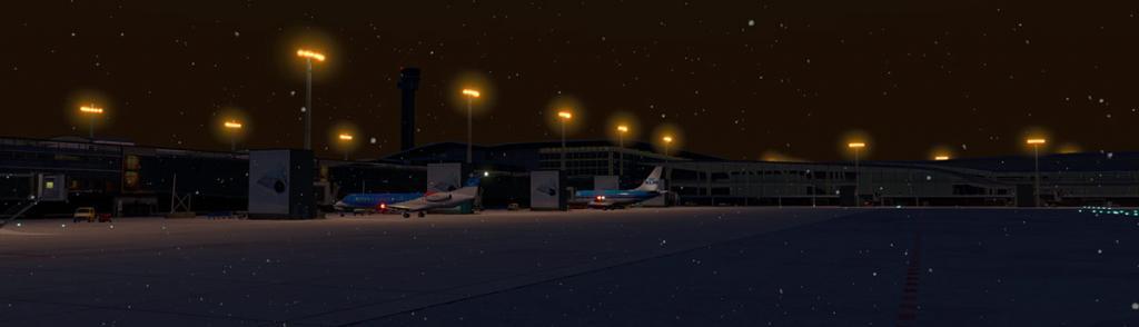 FJS_732_TwinJet_Landing 17LG.jpg