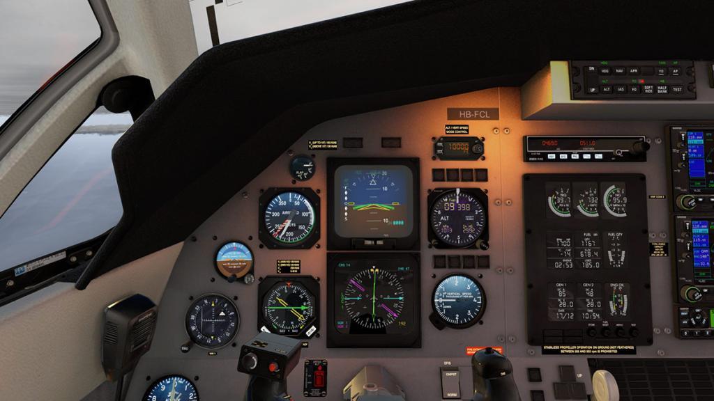 Car_PC12_News_Cockpit 4.jpg