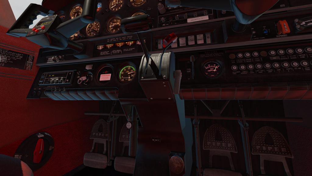 JF_PA28_Warrior ll_Cabin 4.jpg