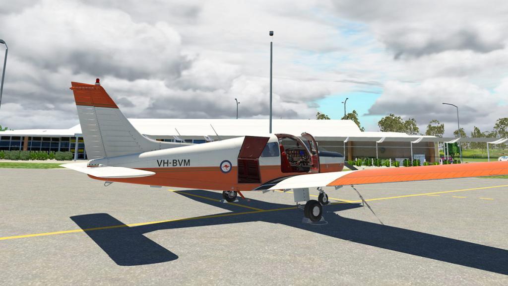 JF_PA28_Warrior ll_Ground 2.jpg