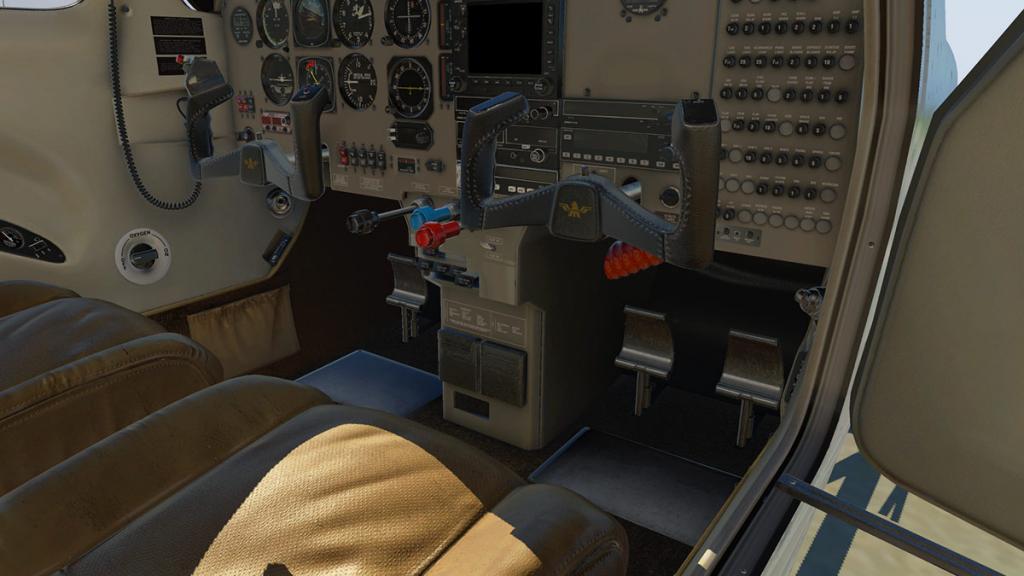 M20R_Ovation_Cockpit 3.jpg