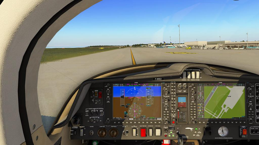 DA42_Flying 3.jpg