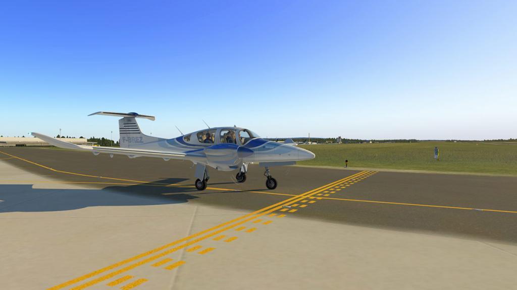 DA42_Flying 4.jpg