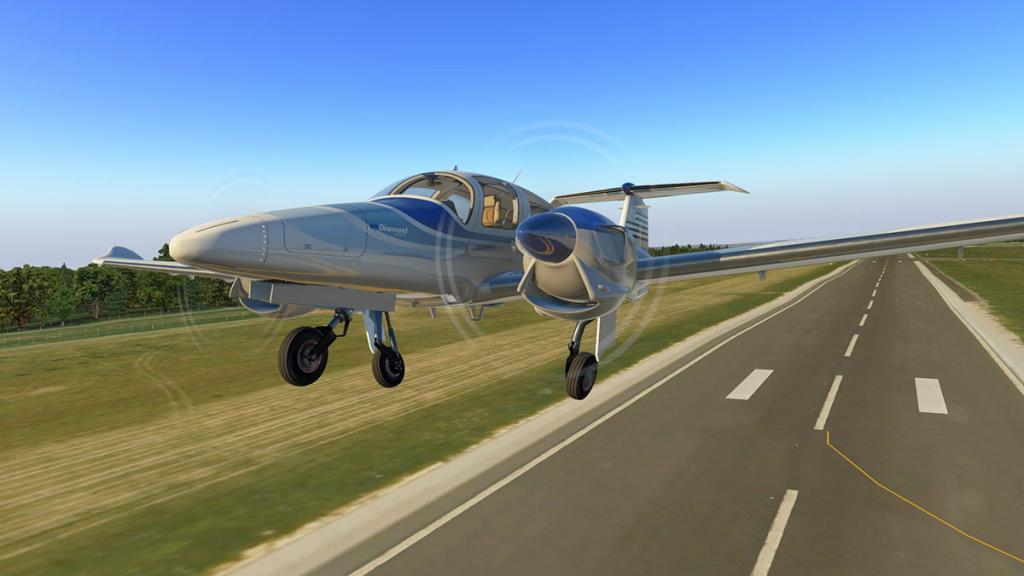 DA42_Flying 6.jpg