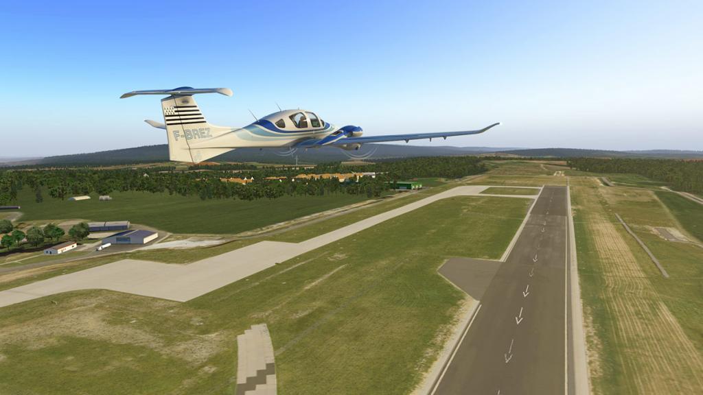 DA42_Flying 7.jpg