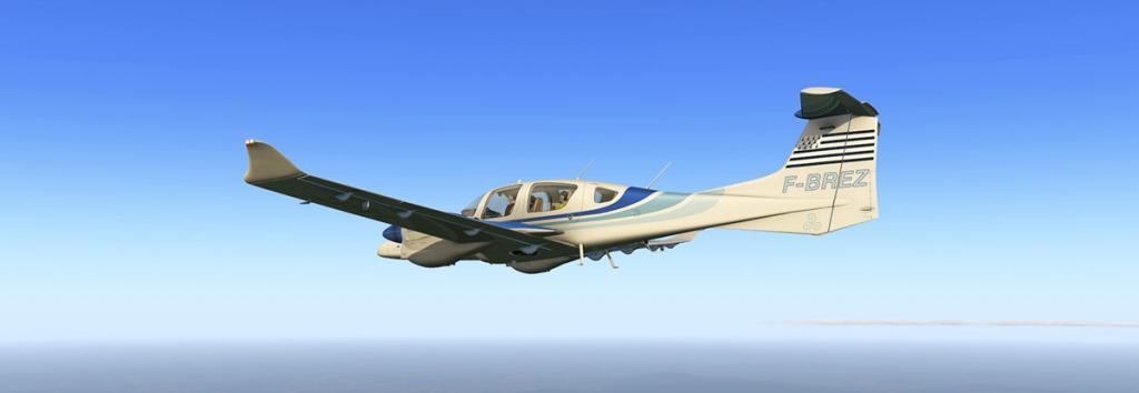 DA42_Flying 11 LG.jpg