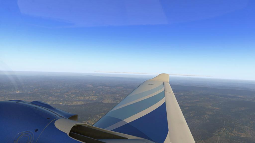 DA42_Flying 13.jpg