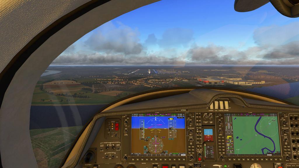 DA42_Flying 18.jpg
