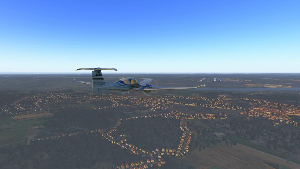 DA42_Flying 17.jpg