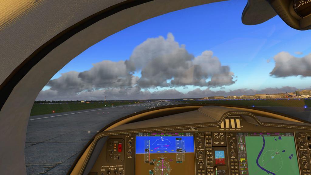 DA42_Flying 24.jpg