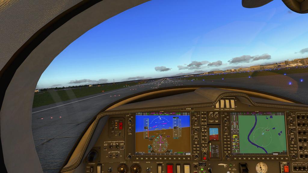 DA42_Flying 27.jpg