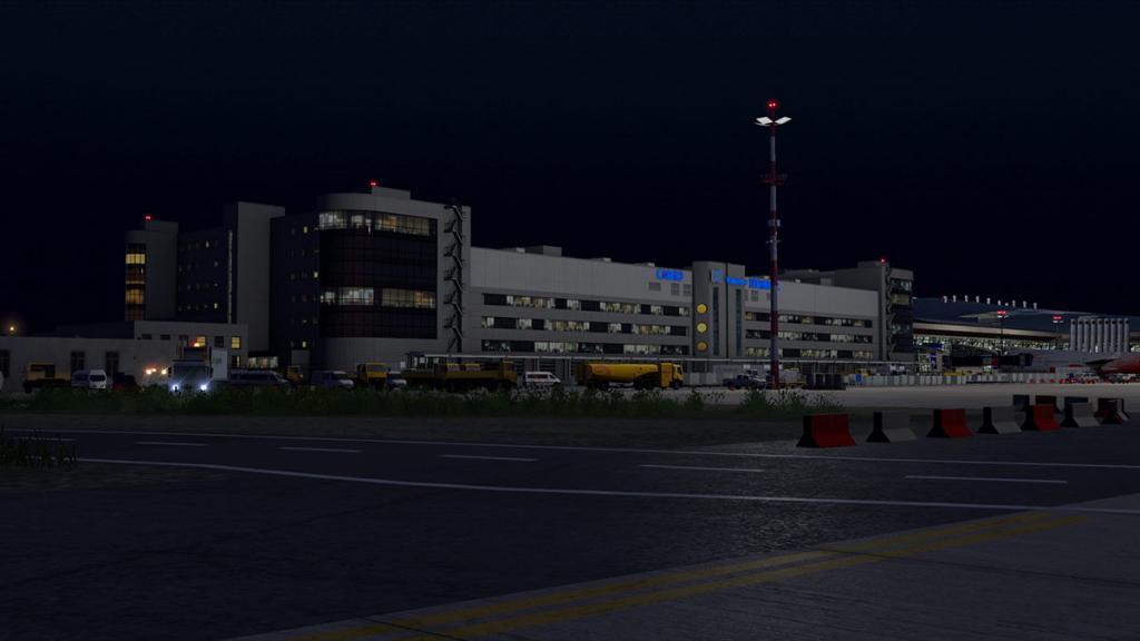 UUWW - Vnukovo Cargo 8.jpg
