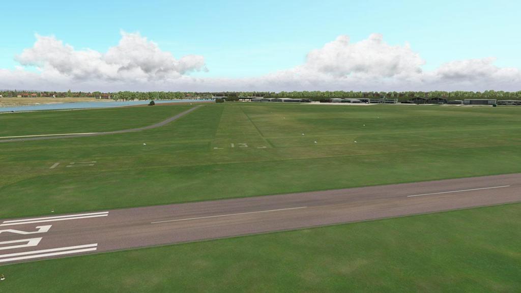 EGAK - Shoreham_Airport Overview 10.jpg