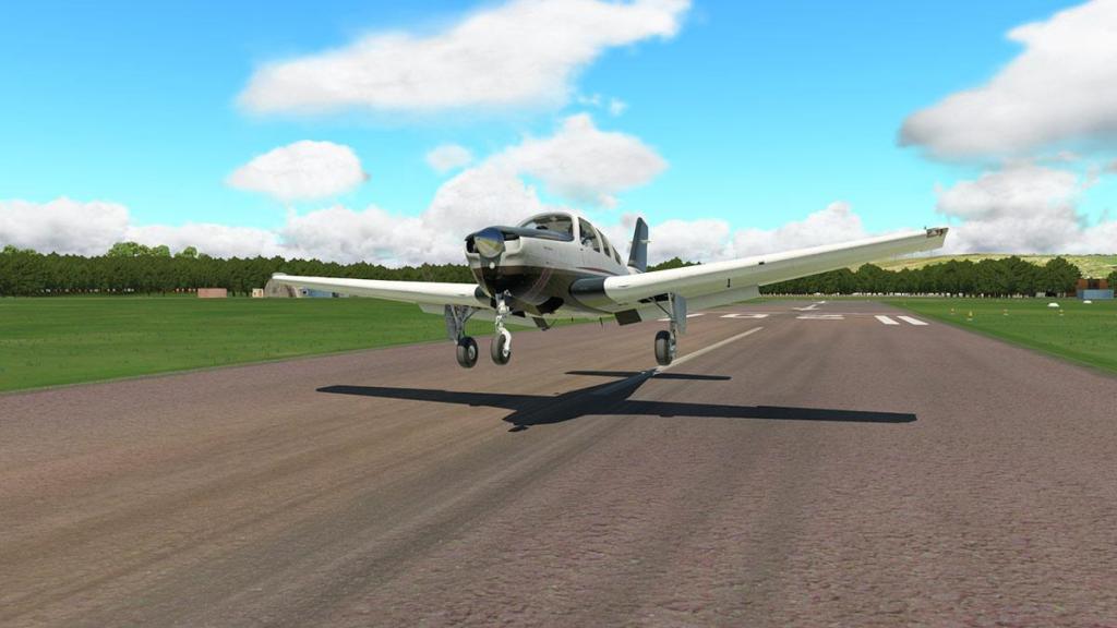 EGAK - Shoreham_Airport RWY20 8.jpg