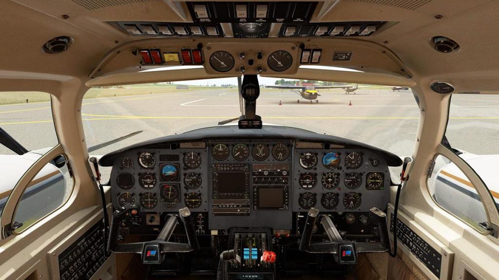 Navajo_XP11 Cockpit 1.jpg