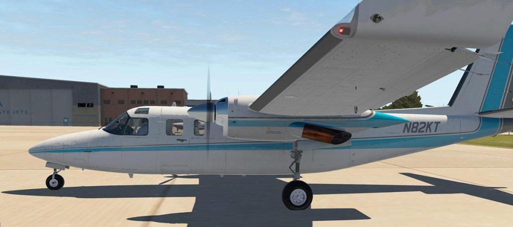 Aircraft Review : 690B Turbo Commander by Carenado - General