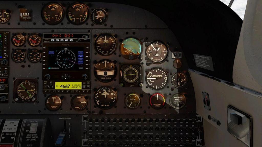 Car_690B_TurboCommander_Panel 3.jpg