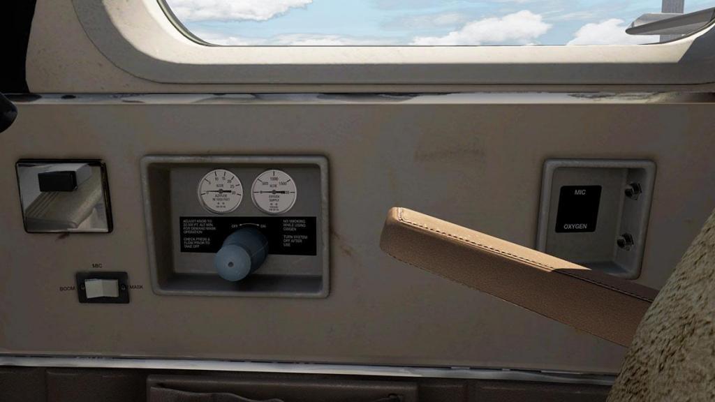 Car_690B_TurboCommander_Cockpit 10.jpg