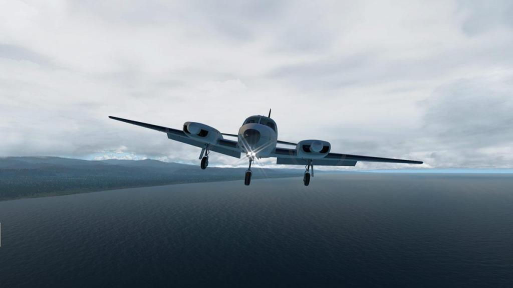 Navajo_XP11 flying 17.jpg
