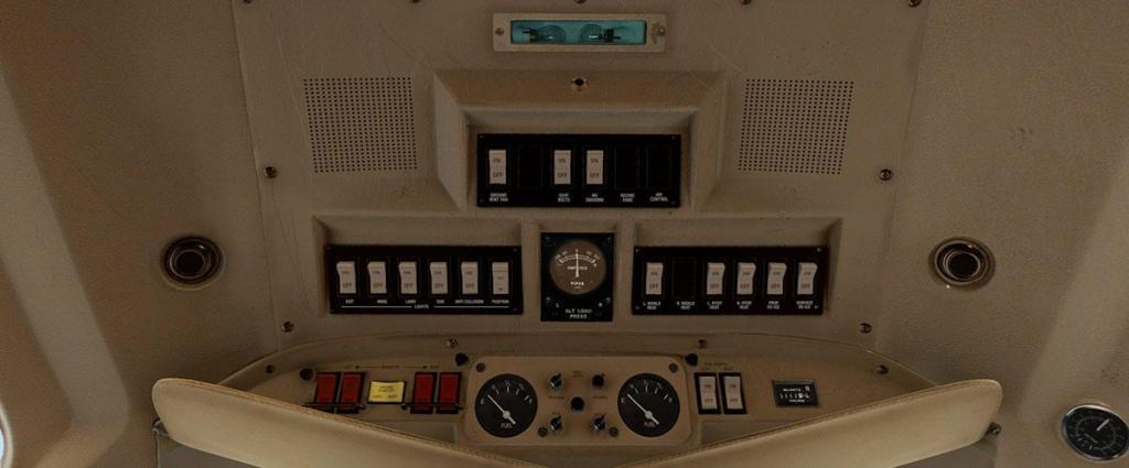 Navajo_XP11 Cockpit 6 LG.jpg