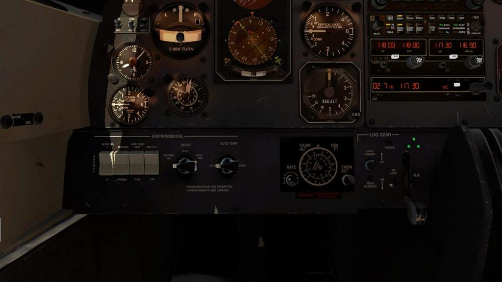 Car_690B_TurboCommander_Panel 7.jpg