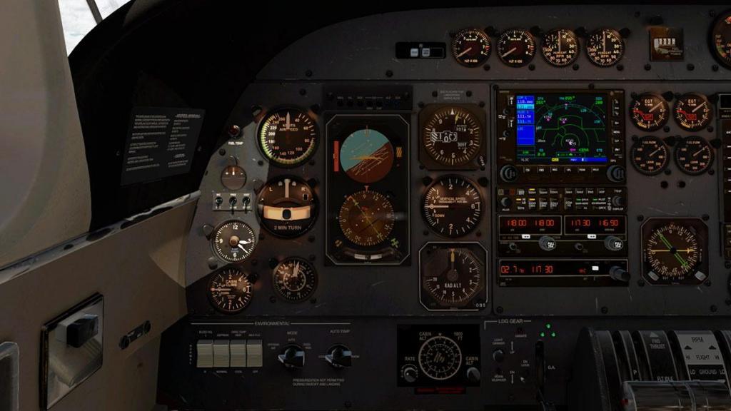 Car_690B_TurboCommander_Panel 2.jpg