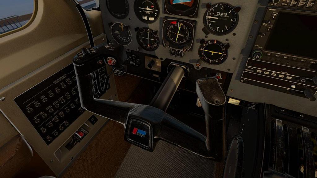 Navajo_XP11 Cockpit 7.jpg