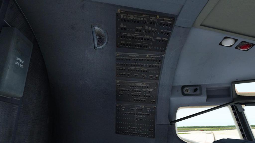727-200Adv_Cockpit 10.jpg