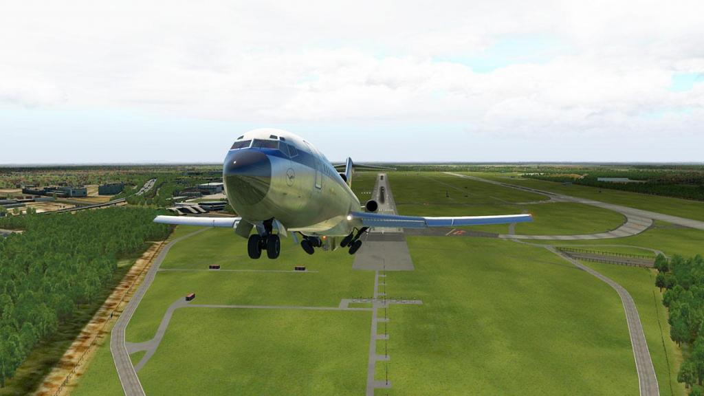 727-200Adv_Flying 20.jpg