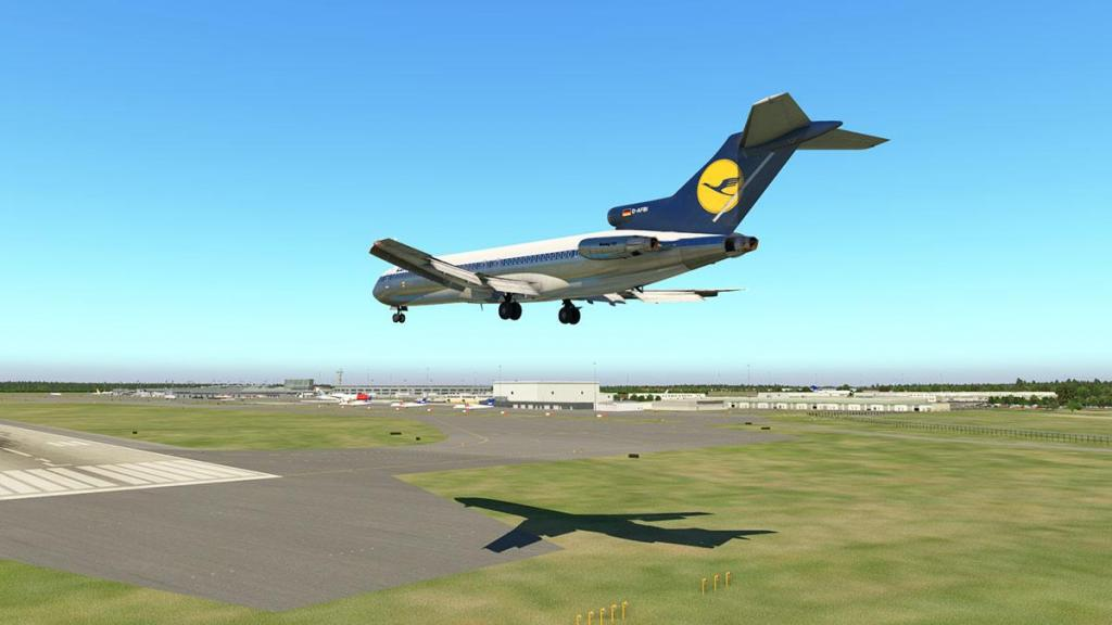 727-200Adv_Flying 37.jpg