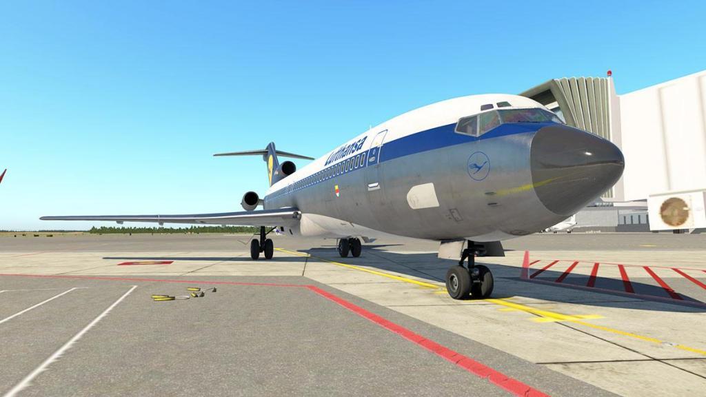 727-200Adv_Flying 42.jpg