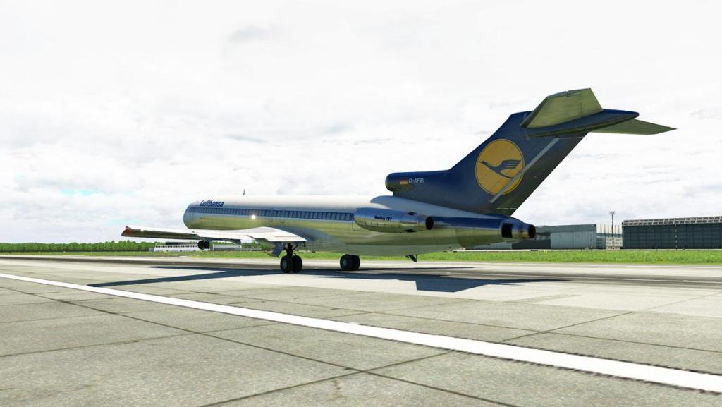 727-200Adv_Flying 18.jpg