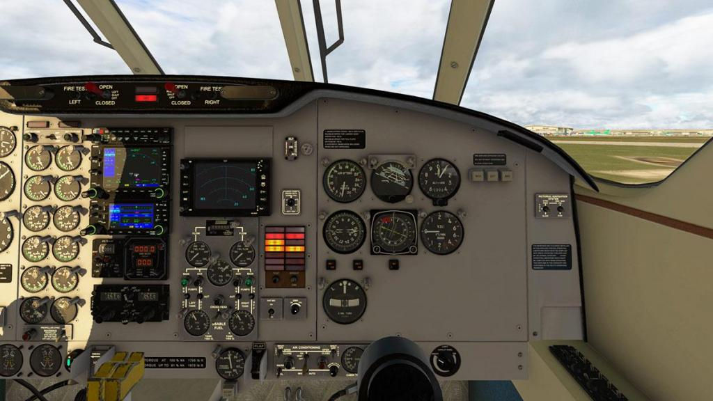 EMB110_XP11_ Cockpit 12.jpg