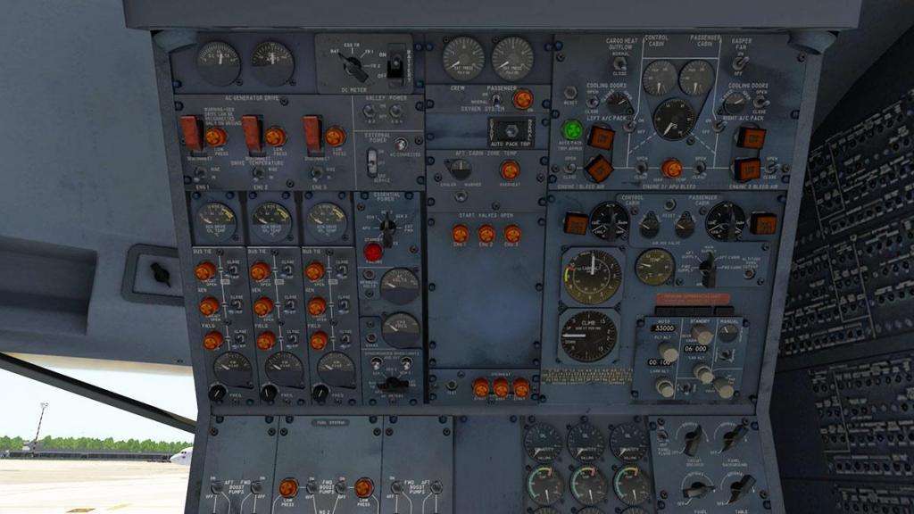 727-200Adv_Cockpit 7.jpg
