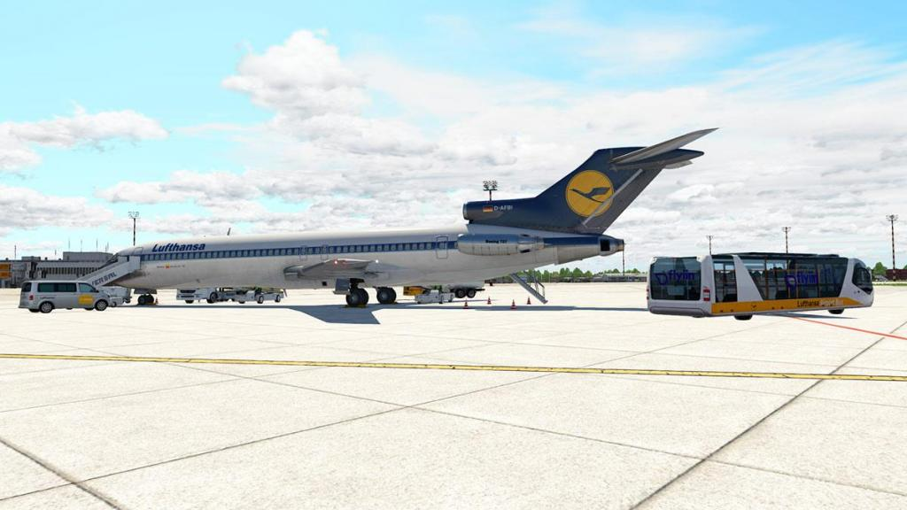 727-200Adv_Flying 2.jpg