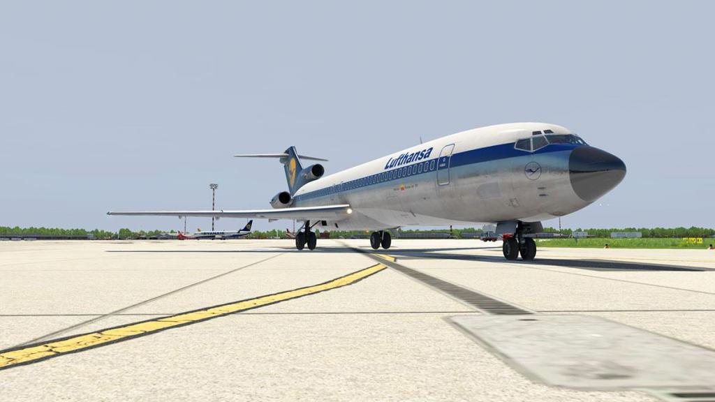 727-200Adv_Flying 9.jpg