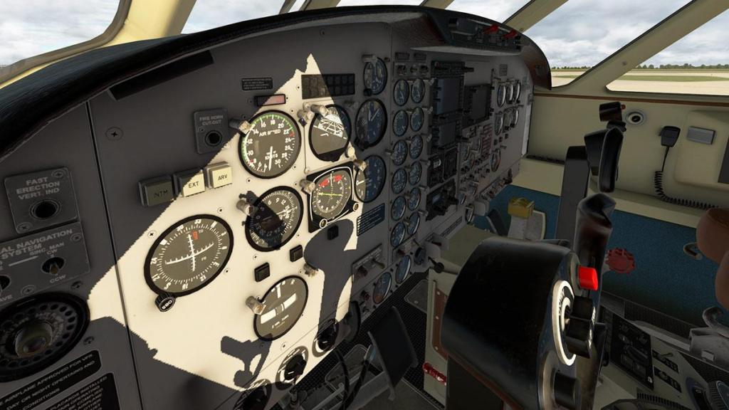 EMB110_XP11_ Cockpit 3.jpg
