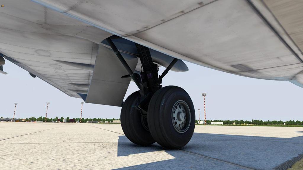 727-200Adv_ Gear 14.jpg