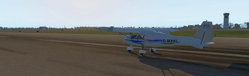 IkarusC42 C_Flying 32 LG.jpg