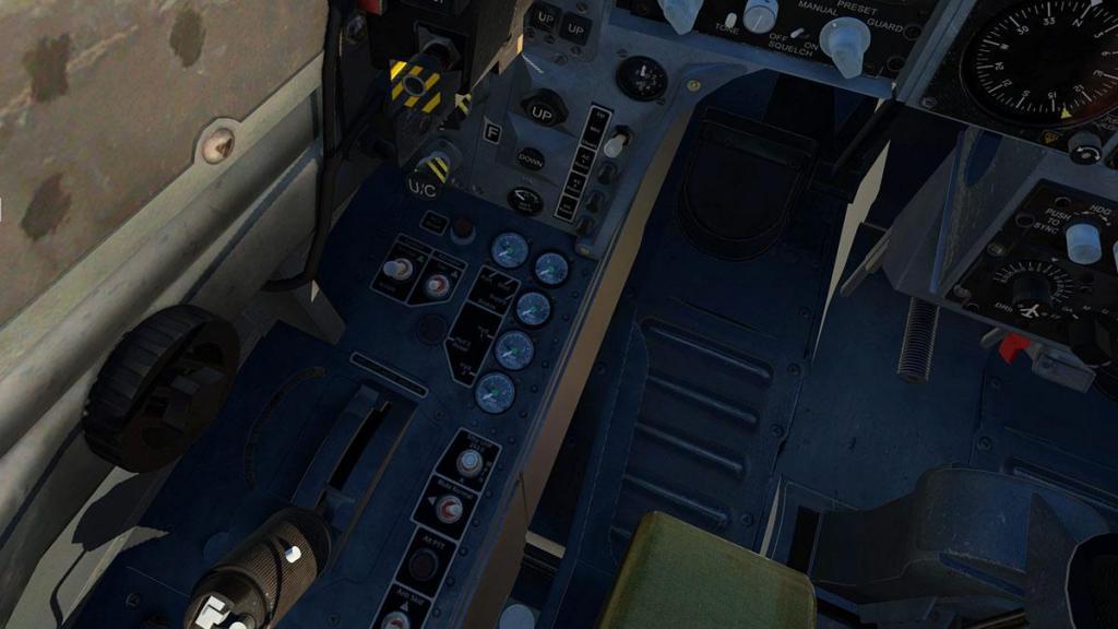 JF_Hawk_T1_Instruments 11.jpg