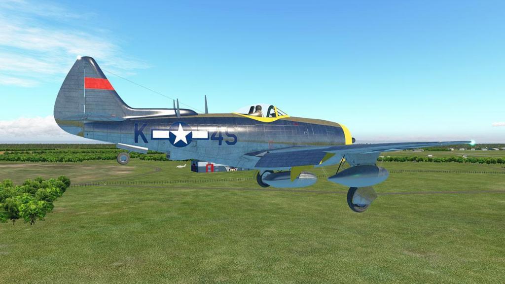 P-47N Thunderbolt_Flying 11.jpg