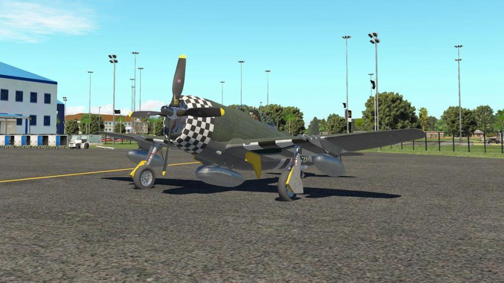P-47N Thunderbolt_Ground 1.jpg