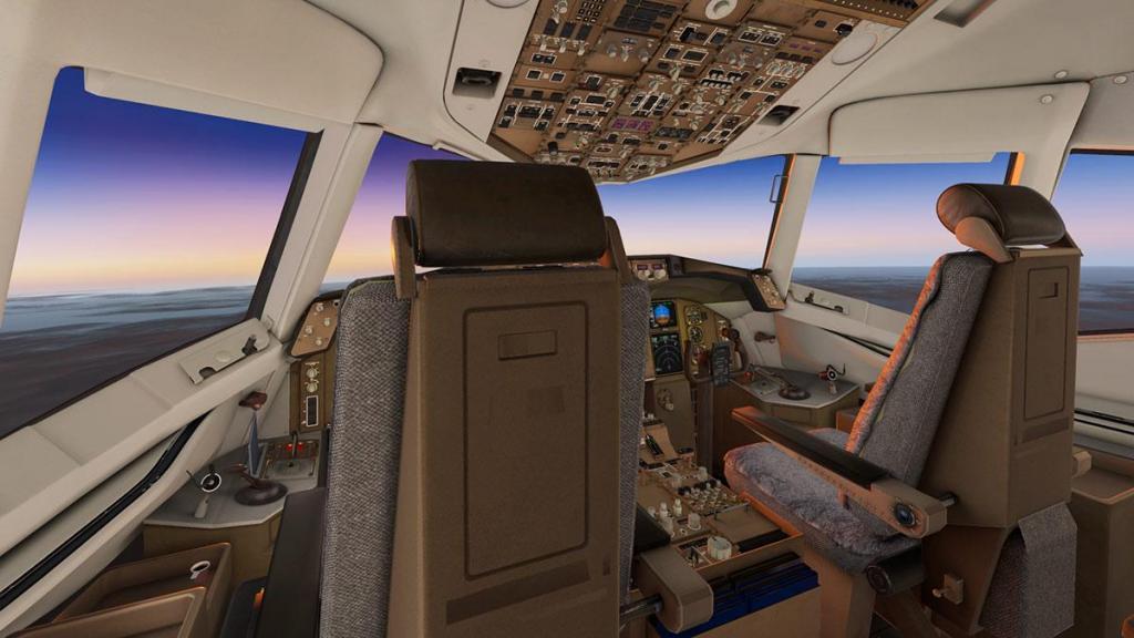 757RR-300 v2.2.5_Lighting 2.jpg